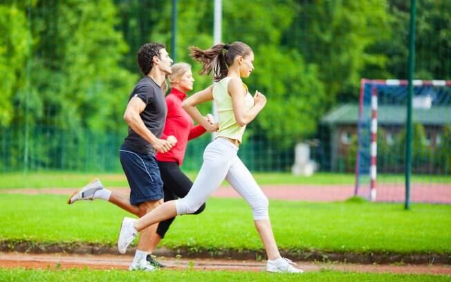 Médicos indicam exercícios físicos para prevenir doenças mais comuns no Brasil, como o câncer