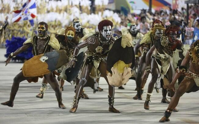 A União da Ilha também sofreu revezes ao longo de seu desfile na Sapucaí