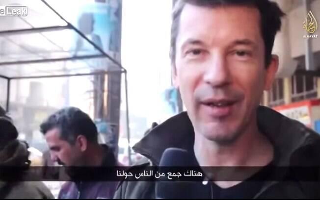 John Cantlie aparece em vídeo do Estado Islâmico em Mosul, Iraque (jan/2015). Foto: Reprodução/Youtube