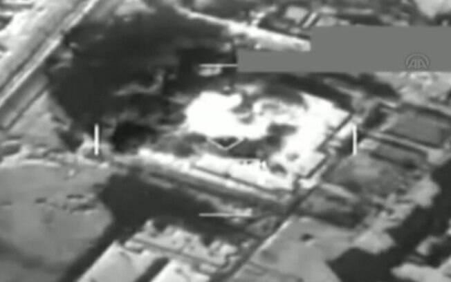 Vídeo mostra visão de cockpit de bombardeio turco contra 'EI'