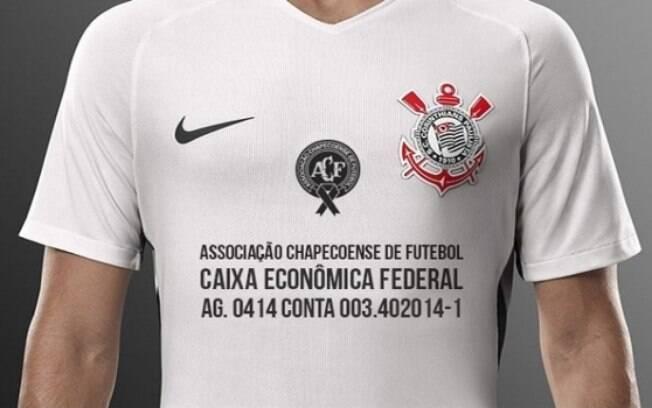 Corinthians também homenageou a Chape em sua camisa. Foto: Reprodução