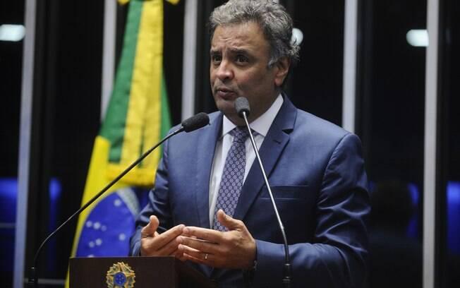 Senador Aécio Neves (PSDB-MG) é um dos autores da proposta que ainda precisa ser aprovada em segundo turno
