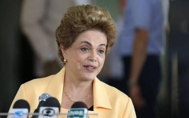 Para Naim, queda de Dilma é o mais provável, mas não vai resolver a crise brasileira