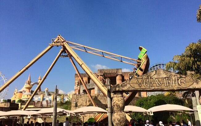 Hopi Hari estava funcionando com poucas atrações em operação antes da pausa anunciada nesta sexta-feira (12)