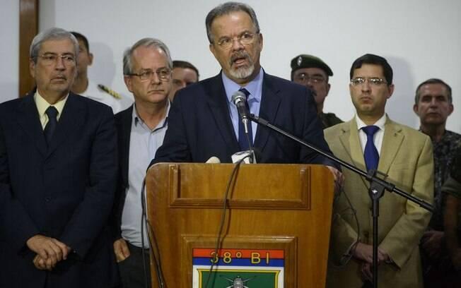 Ministro da Defesa, Jungmann detalhou ações do governo para garantir segurança no ES e pediu retorno dos policiais