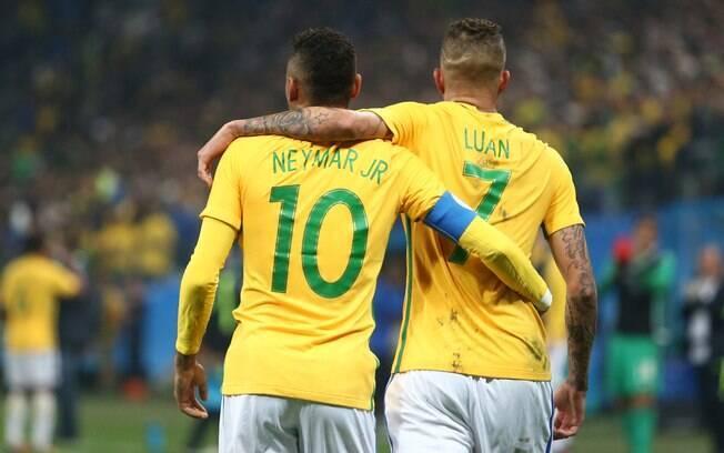 Neymar e Luan, autores dos gols da vitória sobre a Colômbia
