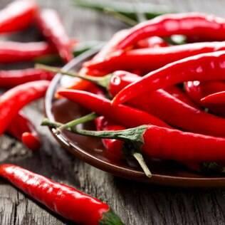 Conserva de pimenta curtida na cachaça