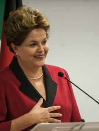 Em sua página no Facebook, Dilma Rousseff disse ser contra a redução da maioridade penal