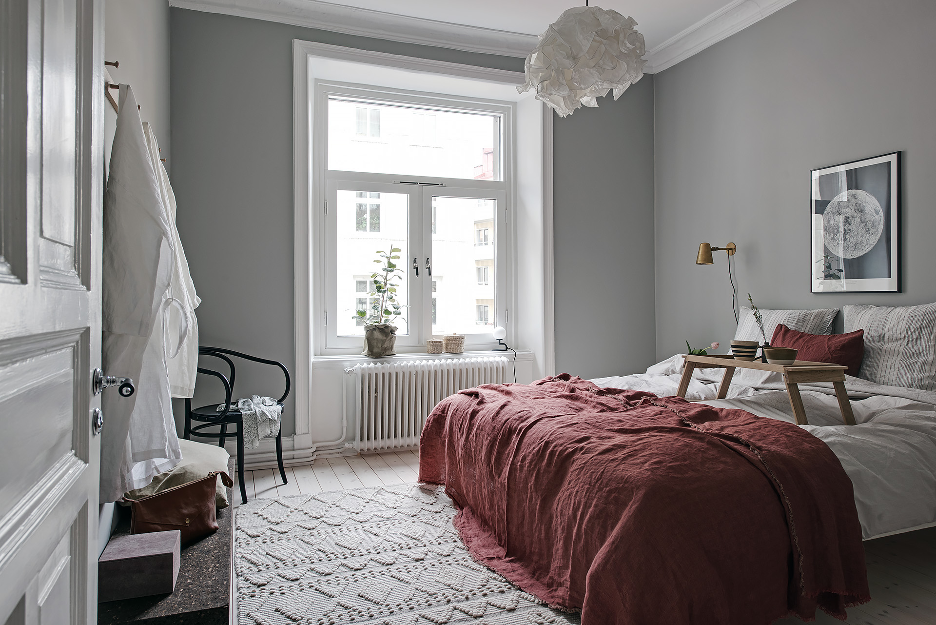 Cozy Bedroom With Red Details