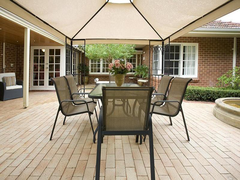 Indoor-outdoor outdoor living design with bbq area ... on Fancy Outdoor Living id=31471