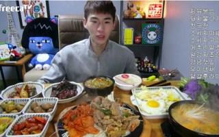 【韩国吃播】【奔驰小哥】奔驰哥BANZZ吃烤肉、辣炒猪肉、煎蛋、凉菜、香肠、鹌鹑蛋
