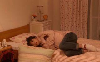 【谷阿莫】2分鐘看完跟你告白的故事《房間裡的女高中生》