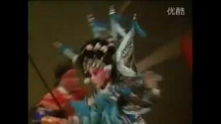 京剧车祸之《杨门女将》杨七娘枪挑敌将头……盔头……