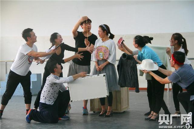 音樂劇《麥琪的禮物》12月上演 將帶觀眾探尋歐亨利式愛情 - 每日頭條