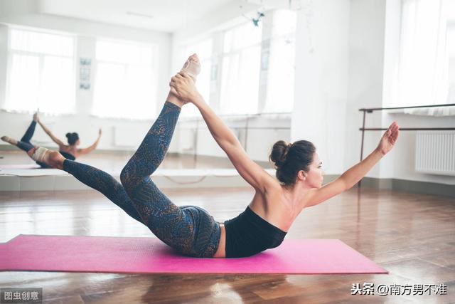 做擴胸運動有什麼好處 標準的擴胸運動怎麼做 - 每日頭條