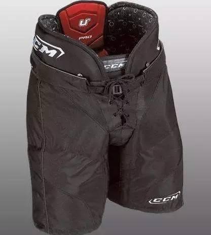 冰球運動員穿上「刀槍不入」,一分鐘解密冰球裝備 - 每日頭條