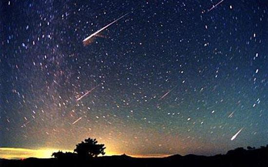 獅子座流星雨來了!上次大爆發每小時達3000顆 觀測時注意這幾點 - 每日頭條