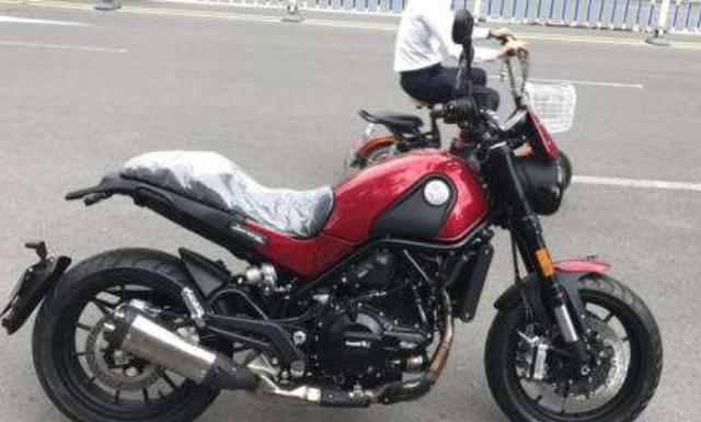 有哪些250-500cc,只是價錢對小弟來說實在是有點貴,金城金童,帶ABS的復古太子摩托車值得推薦?這兩款就不錯 - 每日頭條