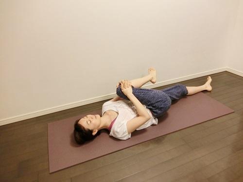 久坐腿麻屁股痛?兩種伸展操助你享輕鬆 - 每日頭條