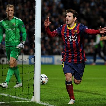 FC Barcelona's Lionel Messi celebrates scoring his teams 1st goal past Manchester City's Joe Hart (left) during the UEFA Champions League, Round of 16 match at the Etihad Stadium, Manchester. PRESS ASSOCIATION Photo. Picture date: Tuesday February 18, 2014. See PA story SOCCER Man City. Photo credit should read: Martin Rickett/PA Wire