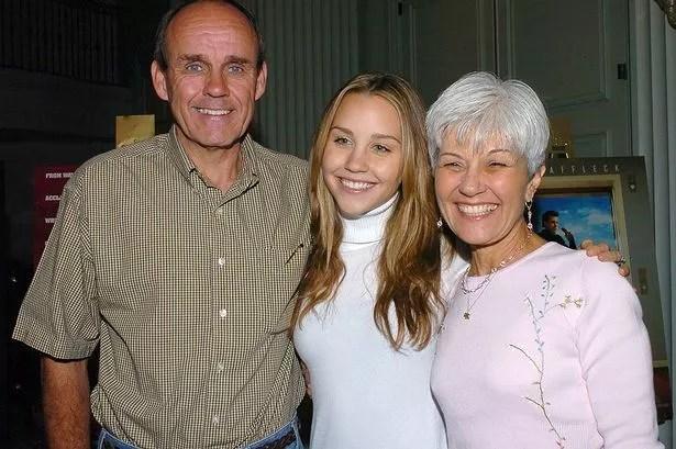 Amanda Bynes and parents | ozara gossip