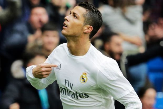 Cristiano Ronaldo celebrates after scoring for Real Madrid against Athletic Bilbao at Estadio Santiago Bernabeu on February 13, 2016
