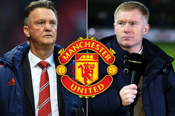 van-Gaal-Scholes-United-badge Van Gaal will blame Paul Scholes if he is sacked