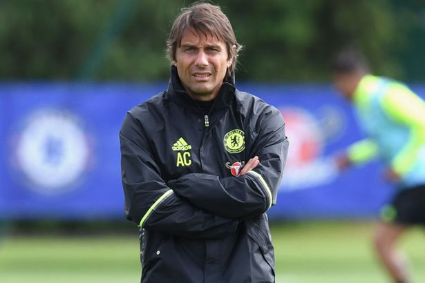 Antonio Conte takes Chelsea training for the first time following ...