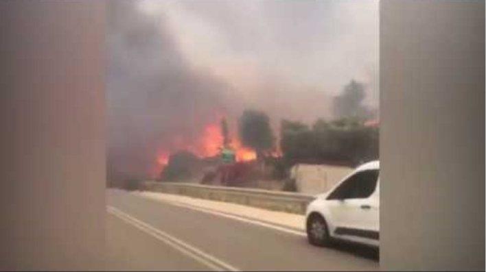 Κινέτα: Κόλαση φωτιάς - Εκκενώθηκαν τρεις οικισμοί