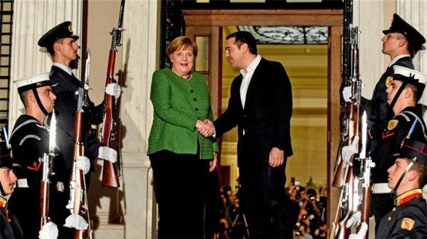 merkel-tsipras-maximou_main01