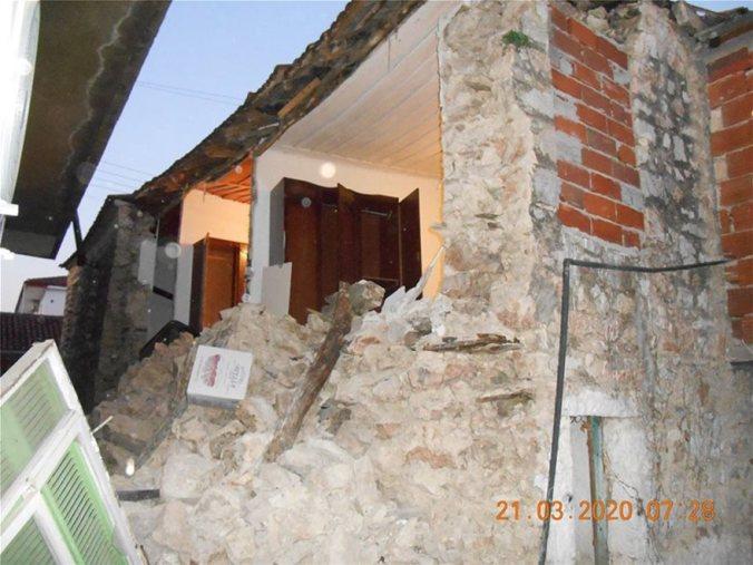 sismos-katedafisi-ktirio-maketa_8