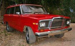 ... é o JeepWagoneer, o avô do Jeep Cherokee Sport
