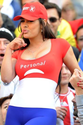 Se em campo o Paraguai ficou com o 2º lugar na Copa América, na Argentina, fora dele, certamente levou o título. As musas guaranis, como Larissa Riquelme (...