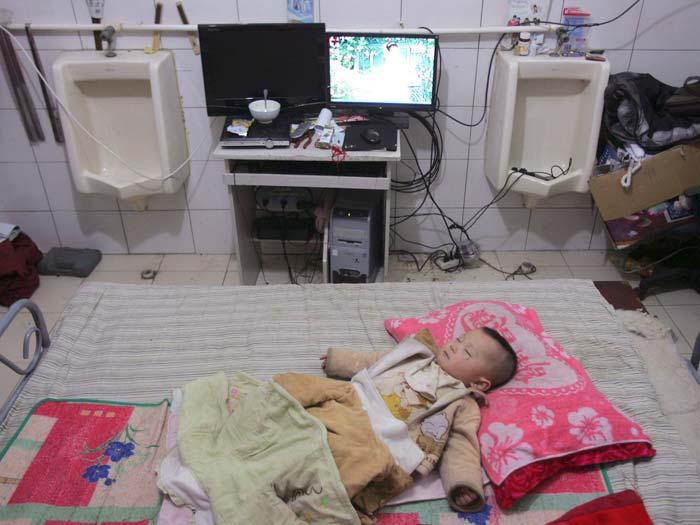 china, banheiro, bebê, dorme, 700