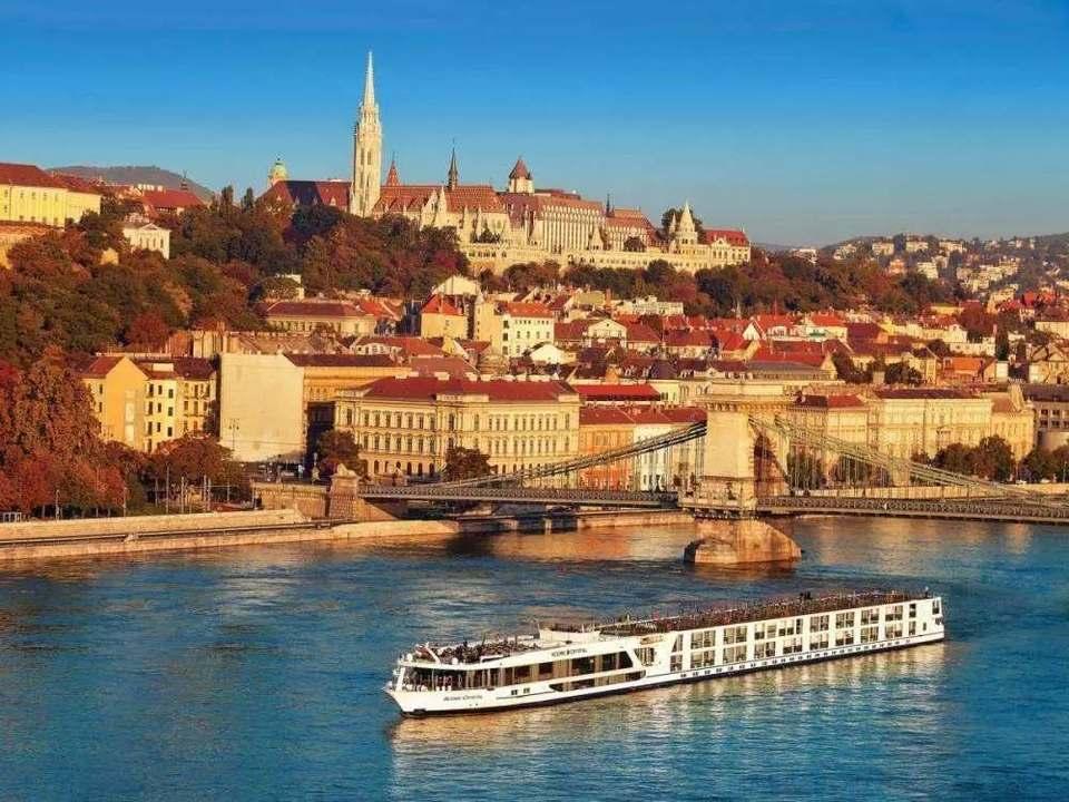 【買一送一】坐河輪游藍色多瑙河,校網資訊