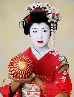「醉臥美人膝」:日本最著名藝伎 - 壹讀