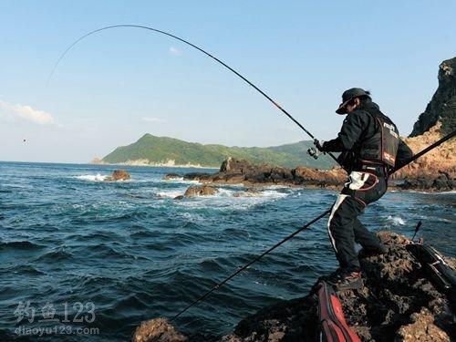 海釣中最常用的浮游磯釣和沉底直感釣法 - 壹讀