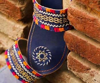 Women's Ethnic Footwear