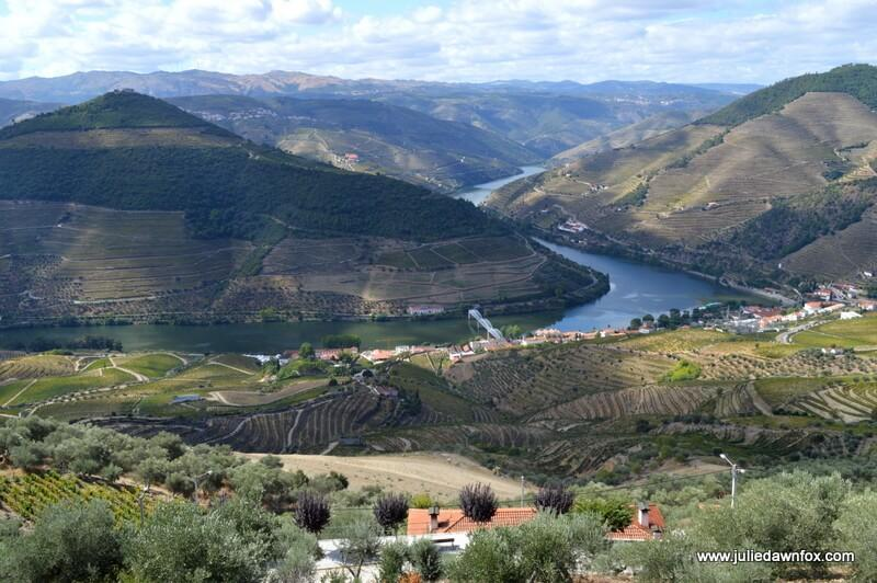 How And When To Explore Portugal's Douro Valley: Insider ...