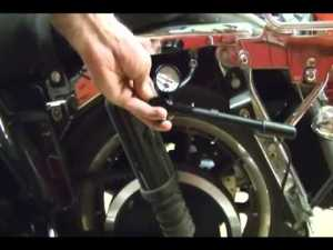 Motorcycle Repair: Adjusting the Rear Suspension Air System Shocks on a Harley Davidson  YouTube