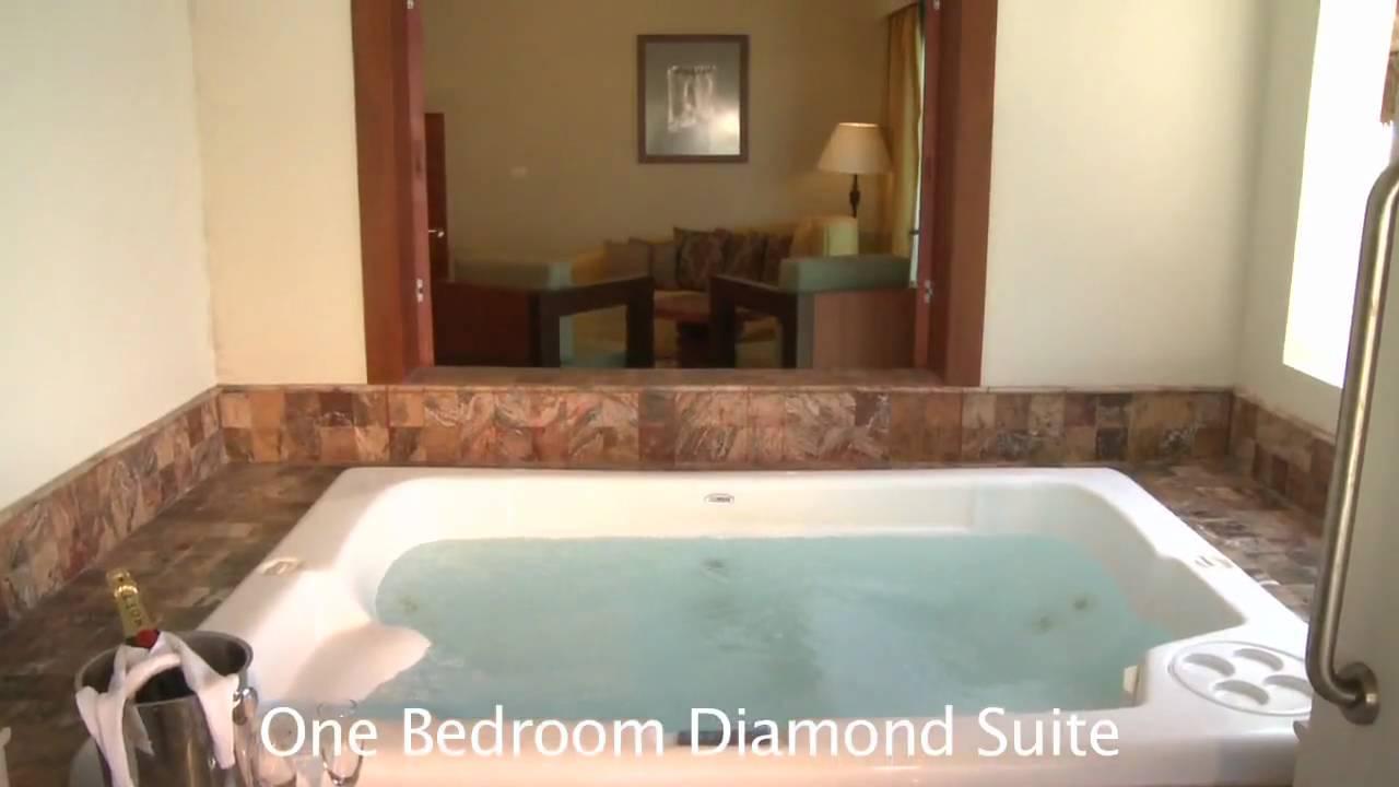 Valentin Imperial Maya One Bedroom Diamond Suite Room
