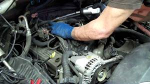 How to change a SPIDER INJECTOR on a Chevrolet V8  YouTube
