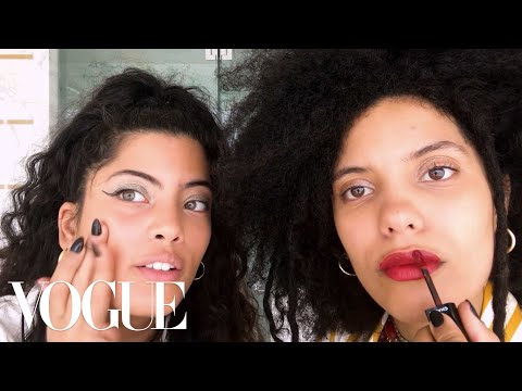 "Sisters Ibeyi Do Their ""Going Out"" Beauty Routine 