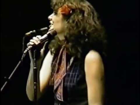 Linda Ronstadt In Atlanta 1977 19 Tumbling Dice & You're ...