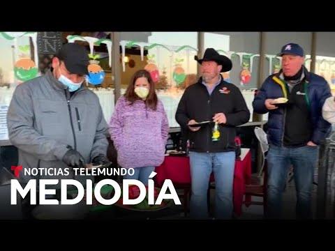 Este latino ayuda a los afectados por las heladas en Texas | Noticias Telemundo