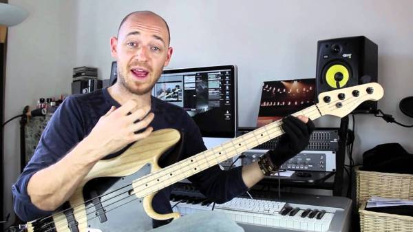 Ghost Notes (Pt1) - Bass Lesson with Scott Devine (L#40 ...