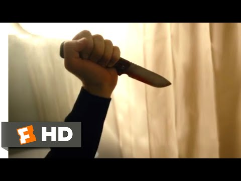 The Whistlers (2020 - Psycho Shower Scene (8/9) | Movieclips
