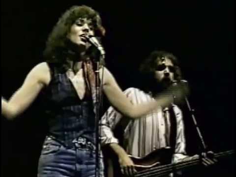 Linda Ronstadt In Atlanta 1977 05 Willin' - YouTube