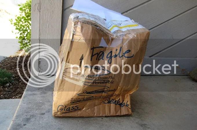 photo damaged-packages_zpshgjtww4n.jpg