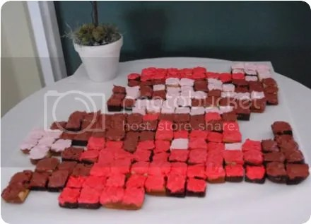pixelated mario cupcakes